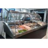 expositor refrigerado para peixe na Severínia