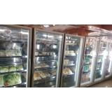 Refrigerador Vertical com Porta de Vidro